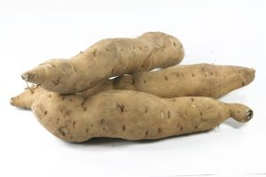 Sweet-potatoes-isolated-913750-m